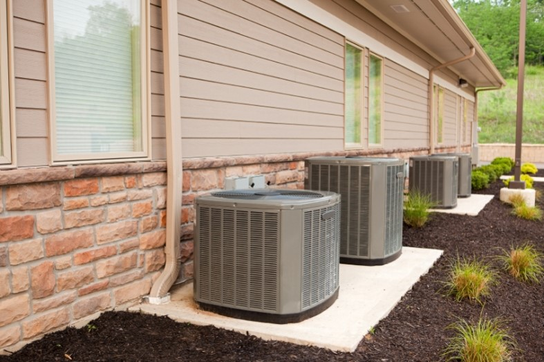 To Cover Your Air Conditioner, Or Not to Cover Your Air Conditioner?